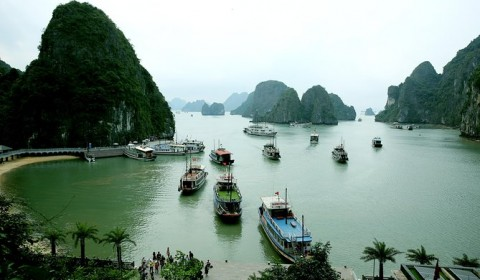 A ROMANTIC HALONG CRUSING TRIP 5 DAYS